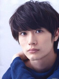 ImageFind images and videos about black and white, japanese and haruma miura on We Heart It - the app to get lost in what you love. Japanese Drama, Japanese Boy, Japanese Models, Asian Boy Haircuts, Haircuts For Men, Kento Nakajima, Haruma Miura, Asian Actors, Poses