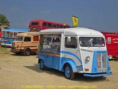 La Locomotion en Fete 2007 - Citroen HY TUB used by a cheese seller?, via Flickr.