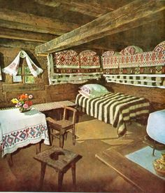 Home home-interior-romania rustic-traditional-Peasant-house-Romanian-culture Article Physique: Each Traditional Interior, Traditional House, Romania People, Rural House, Old Cottage, Cabins And Cottages, Country Cottages, European Home Decor, Village Houses