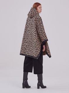 #womenswear #fashion #womensfashion #style #menswear #ootd #fashionblogger #womenstyle #instafashion #streetstyle #fashionista #onlineshopping #women #shopping #clothing #streetwear #trendy #stylish #womensstyle #womenfashion #instastyle #instagood #dress #clothes #dresses #handmade #designer #fashiondesigner #fashionstyle #bhfyp Chesterfield Coat, Hooded Wool Coat, Collarless Jacket, Long Trench Coat, Street Wear, Women Wear, Dress Clothes, Womens Fashion, Ootd