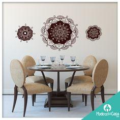 Mandala significa círculo em palavra sânscrito. Mandala também possui outros significados, como círculo mágico ou concentração de energia, e universalmente a mandala é o símbolo da integração e da harmonia. Que tal trazer essa simbologia para seu ambiente?