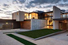 Casa com arquitetura e decoração moderna maravilhosa! - DecorSalteado