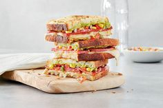 Mexican Grilled Cheese Sandwiches With Pico de Gallo—Our super-fresh twist on grilled cheese is bursting with tons of flavours like creamy guacamole, gooey cheese and spicy chorizo—perfect for celebrating Cinco de Mayo. Grilled Sandwich, Sandwich Recipes, Tea Sandwiches, Savory Snacks, Turkish Recipes, Mexican Dishes, Tortilla Chips, Food To Make, Cooking Recipes