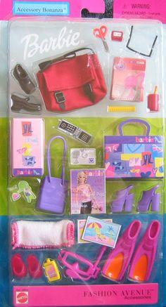 Amazon.com: Barbie Fashion Avenue Accessories ACCESSORY BONANZA w School & Beach Stuff! (2002): Toys & Games
