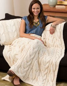 Free knitting pattern for quick cable afghan Twisted Taffy Throw & Pillow knit with 3 strands of yarn together. And more cable blanket knitting patterns Cable Knit Blankets, Cable Knit Throw, Throw Blankets, Throw Pillows, Knitting Patterns Free, Free Knitting, Free Pattern, Knitting Needles, King Size Blanket