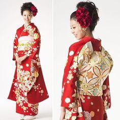Hatsuko Endo_Kimono style 成人式㊗️振袖コーディネイト👘 華やかで初々しい✨ 二十歳の御祝いをお手伝いいたします。 ◎Hair&Makeup ◎着付け ◎衣裳レンタル Hatsuko Endo各店にて承っております。 #hatsukoendo #hatsukoendoweddings #hatsukoendobeauty #kimono #style #hair #makeup #dressing #beauty #aniversary #traditional #japan #photo #celebration #ハツコエンドウ #成人式 #記念日 #きもの #和装 #伝統 #振袖 #ヘアメイク #着付け #帯結び #撮影 #日本 #前撮り #美容室