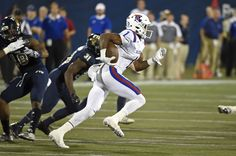 22 October 2016:  Louisiana Tech wide receiver Carlos Henderson (1) returns a punt in the fourth quarter as the Louisiana Tech Bulldogs defeated the FIU Golden Panthers, 44-24, at FIU Stadium in Miami, Florida. (Photo by Samuel Lewis/Icon Sportswire)