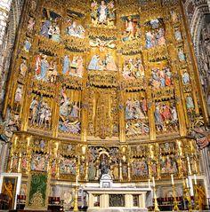 Retablo del altar de la Catedral Toledo España.