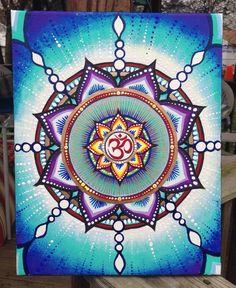 Mandala sacré Om par FromAylaWithLove sur Etsy