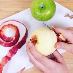 Youhouuuuu !! ... bientôt Mardi Gras 🎉🌟 découvrez notre recette de beignets aux pommes 🍏🍎 sur le blog  www.c-monetiquette.fr/blog  #ideerecette #cmonetiquette #recetteduptitchef #cmonetiquetteleblog