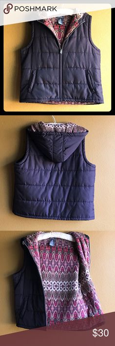 George by Mark Eisen Vest New Beautiful Vest. Brown and Fully lined in a warm material made of 45% rayon, 26% acrylic, 25% angora rabbit hair ,4% other. Beautiful knitted lining of pretty colors.Shell made of 65% nylon and 35% polyester. Ladies size 12-14. New never worn. Nice addition to your winter wardrobe. George Jackets & Coats Vests