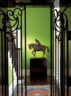 I would never ever paint a wall this color, but WOW what an effect, if you have the right space! ~ Gil Walsh on How Color Can Shape a Room Photos Best Interior, Interior Paint, Interior Decorating, Interior Design, Green Wall Color, Color Box, Colour, Wrought Iron Gates, Green Home Decor