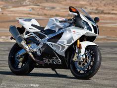 2009-Aprilia-RSV1000R