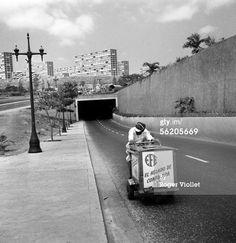 Año 1959, EFE el helado de confianza; al fondo urb. 2 de diciembre luego 23 de enero. Caracas, Venezuela.