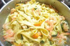 Les Tagliatelles aux courgettes et crevettes Weight Watchers, un plat rapide à faire, très nutritif avec peu de points, voici la recette pour 4 personnes.