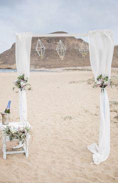 Eine entspannte Strandhochzeit in Andalusien- heiraten zur Zweit. Dekoration, Zeremonie, freie Trauung, Dekoration für die Hochzeit, Hochzeitsdeko, Boho Hochzeit, weisse Hochzeit
