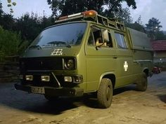 Vw Doka, T2 T3, Vw Beetles, Van Life, Volkswagen, Vans, Trucks, Vehicles, Design