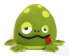 Cute stuffed frog pattern to sew yourself!