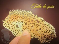 How to make Squid ink tuile Food Plating Techniques, Desserts Drawing, Tapas Menu, Waffle Cookies, Desserts For A Crowd, Food Garnishes, Dessert Decoration, Lemon Desserts, Molecular Gastronomy