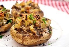 Baconos töltött gomba recept My Recipes, Healthy Recipes, Hungarian Recipes, Hungarian Food, Starters, Baked Potato, Entrees, Bacon, Clean Eating