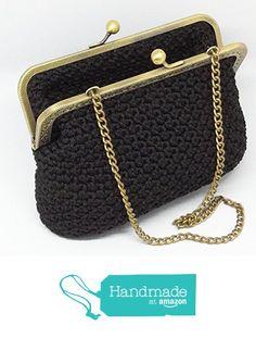 ZOE - Borsetta clutch color nero, pochette da sera realizzata a mano con uncinetto e chiusura clic clac oro vintage da Italian Craft Handmade https://www.amazon.it/dp/B01N0UO17A/ref=hnd_sw_r_pi_dp_ri1EybBYSCAVZ #handmadeatamazon