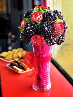 Ahora haciendo dulces... un bouquet de cupcakes