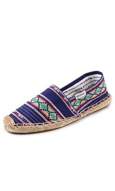 Buy Sanuk Women's Fiona Flat and other Flats at metin2wdw.ga Our wide selection is eligible for free shipping and free returns.
