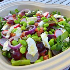 Waldorf Salat, Tapas, Vegan Runner, Vegan Gains, Edamame, Vegetarian Recipes, Healthy Recipes, Healthy Food, Work Meals