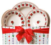 Pasta Server and Pasta Bowls Gift Set. one of my very favorite designs. Eclectic Wallpaper, Irish Pottery, Pottery Making, Pottery Bowls, Red Apple, Wedding Gifts, Kids Room, Holiday Decor, Pasta
