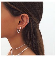 Pretty Ear Piercings, Ear Piercings Chart, Ear Peircings, Types Of Ear Piercings, Piercing Chart, Multiple Ear Piercings, Female Piercings, Unique Piercings, Ear Piercings Cartilage