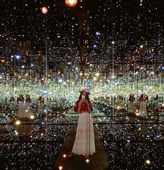 infinity room at the broad museum, downtown la. creds: insta @discoverla