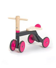 Walk in magenta!!! Wooden walker for kids, ideal starting with one year olds. CE tested, safe and resistant! #wood #toys #walker #bycicle #ecological #bio #madeinro