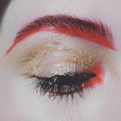Red details. 👁️ 🔴 #makeup #makeupartist #redcolor #artisticmakeup #creating