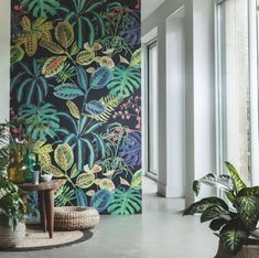 60 Best Ideas Of Tropical Wall Mural For Summer. Popular tropical wall murals create the illusion of paradise in your home. They can bring sunshine and warmth into a room with no windows or help stave. Deco Jungle, Tropical Wall Decor, Tropical Design, Tropical Bedrooms, Tropical Wallpaper, Botanical Wallpaper, Mural Art, Wall Mural Painting, Painted Wall Murals