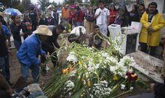 15 fotos de Cuartoscuro: tristeza en Nochixtlán y diálogo con la CNTE - Aristegui Noticias