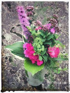 #flower arrngement #blomster binderi #kukkasidonta #kukkakimppu