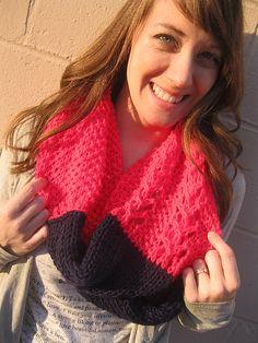 Knitting Patterns Galore - Mina Cowl
