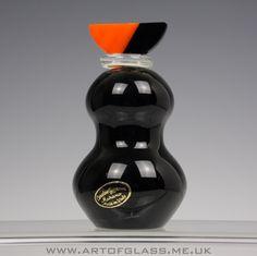 Giovanni Cenedese Murano black glass perfume bottle Black Perfume, Art Of Glass, Pill Boxes, Black Glass, Vanities, Murano Glass, Light Bulb, Etsy Seller, Perfume Bottles