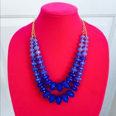 Blue ombré double strand necklace Get a sophisticated layered look with trendy ombre hues in this chic double strand necklace. The brightly blue faceted beads and pops of gold accent create a subtly shiny statement piece. if you have any questions please feel free to ask. Thank you!😊 nOir Jewelry Necklaces