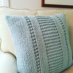 """The Parkway Pillow"" knitting pattern by Fifty Four Ten Studio. Quick and easy knitting pattern. Made with super bulky yarn. #ravelry #knitting"