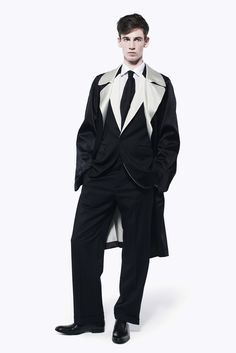 Alexander McQueen Men's RTW Spring 2013
