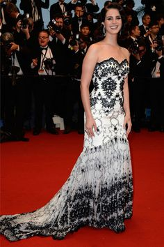Cannes 2013. Lana Del Rey, red carpet, red carpet, dress, gown, evening, night out