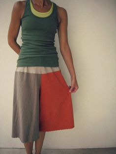 Upcycled T Shirt yoga pants- Look very comfy!