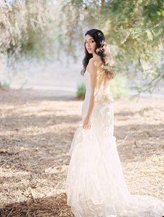 Woodland Bridal Session Ideas | Wedding Sparrow | Lucy Munoz