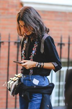 London Street Style Photos That Prove Fall Is NOT Boring #refinery29 http://www.refinery29.com/2015/09/94443/london-fashion-week-spring-2016-street-style-pictures#slide-30 Leandra Medine making a case for the jacket around the waist....