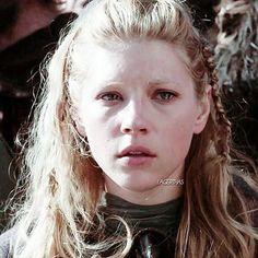 Lagertha Lothbrok, Vikings Lagertha, Katheryn Winnick, King Queen, Tv Shows, Woman, Lady, Vikings