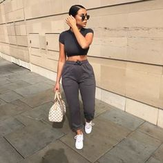 42 Stylish Casual Winter Outfits in 2020 - Sporty Outfits ❤ Chill Outfits, Sporty Outfits, Mode Outfits, Summer Outfits, Fashion Outfits, Fashion Trends, Winter Outfits, Fashion 2020, Sexy Casual Outfits