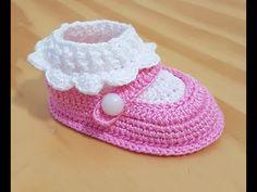 Crochet baby slippers boy girls 36 ideas for 2019 Crochet Baby Sandals, Booties Crochet, Crochet Baby Clothes, Crochet Shoes Pattern, Baby Shoes Pattern, Crochet Patterns, Baby Slippers, Baby Girl Hats, Baby Sweaters