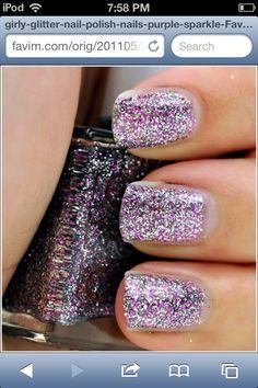 Cute finger nail polish!!!!!!
