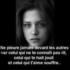 Ne jamais pleurer devant une personne